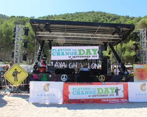 PLAYING FOR CHANGE DAY IBIZA